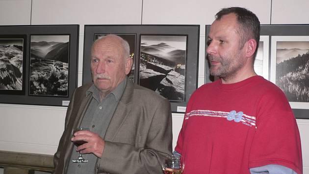 Známý fotograf Jiří Havel nechyběl na zahájení výstavy svých fotografií v českokrumlovském divadle.
