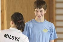 Na republikovém turnaji mladších juniorů nastoupila dvojice Dominik Kolouch a Sabina Milová i ve společné smíšené čtyřhře.