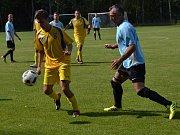 I.B třída (skupina A) - 5. kolo (4. hrané): SK Zlatá Koruna (modré dresy) - Vltavan Loučovice 1:1 (0:1).