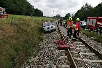 Nehoda se stala v sobotu u železničního přejezdu u Rybníka.