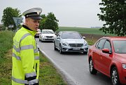Objížďka kolem Dolního Třebonína se rozjela na plno. Ve čtvrtek dopoledne dopravu řídí policisté.