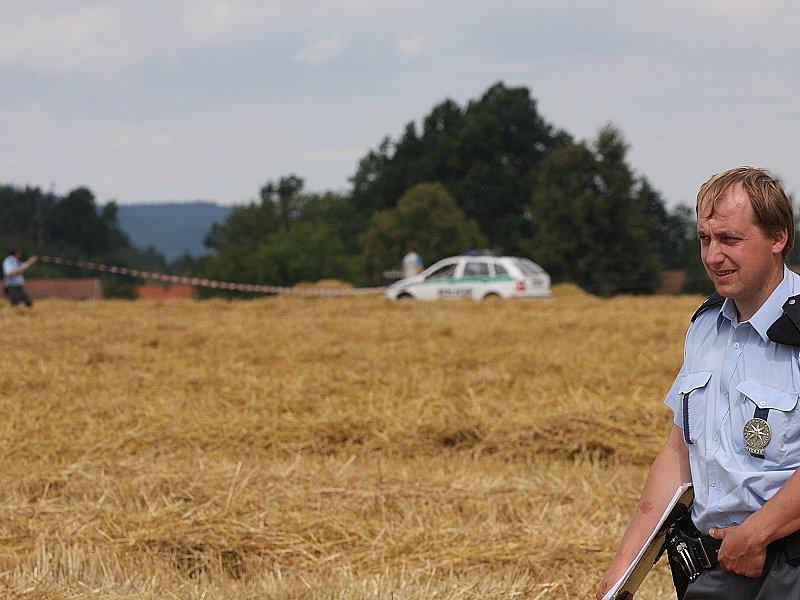 Tragická nehoda ultralehkého letadla nedaleko Prostředních Svinců.