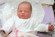 Veronika a Radek Šímovi zČeských Budějovic mají od 30. dubna 2015 další dceru. Kdvouleté Šarlotce přibyla ve 13 hodin a 8 minut Elena Šímová, holčička smírami 50 centimetrů a 3580 gramů. Šťastní rodiče byli u jejích prvních okamžiků společně.
