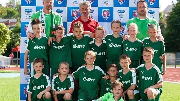 Krumlovské družstvo s podporou benjamínků z Křemže vybojovalo při republikovém finále Ondrášovka Cupu kategorie přípravek U9 krásné 13. místo.