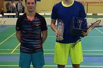 Krumlovští hráči Maxmilián Kořený a Jaromír Janáček (na snímku zleva) se na turnaji v Českém Těšíně probojovali až do klubového finále, z něhož vítězně vyšel druhý jmenovaný.