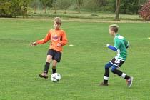 Oblastní I.A třída mladších žáků (skupina A) - 7. kolo: FK Spartak Kaplice (oranžové dresy) - SK Dobrá Voda B / Jiskra Třeboň B 7:0 (2:0),