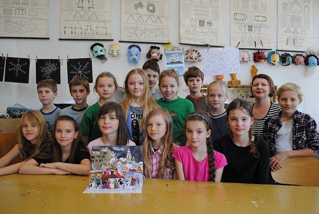 Betlém vyráběly žáci výtvarného oboru ZUŠ pod vedením učitelek Dity Průchové a Jany Holcové.