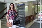 Předání kabelek zprostředkovala také Helena Nekolová z krumlovské kanceláře Jihočeské hospodářské komory.