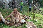 Svatováclavský den lovců mamutů v Dobrkovické jeskyni u Českého Krumlova.