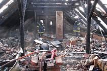 Předběžný odhad škody činí 800 tisíc korun.