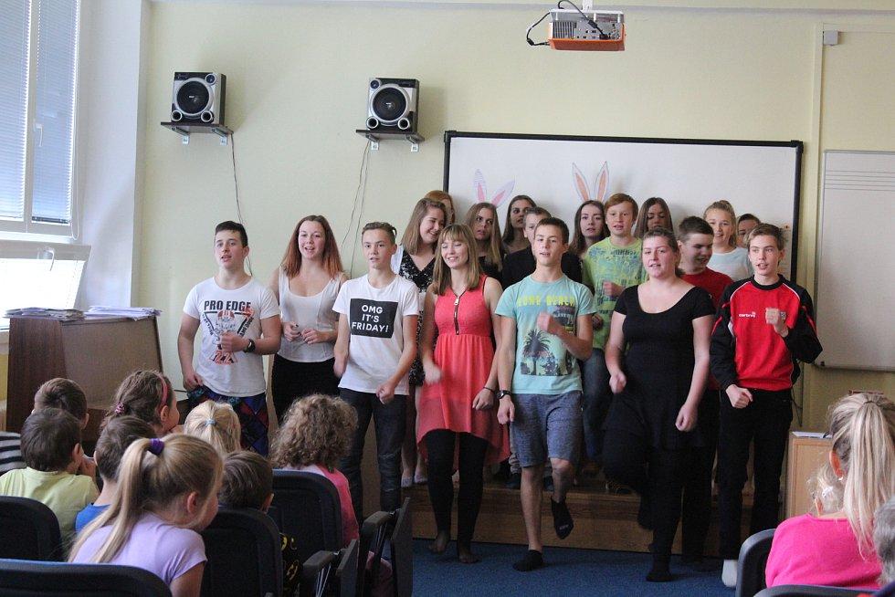 V pátek se v ZŠ Velešín konal den otevřených dveří i s doprovodným programem.