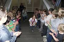 Ve škole Nikolku po závodech krásně přivítali.