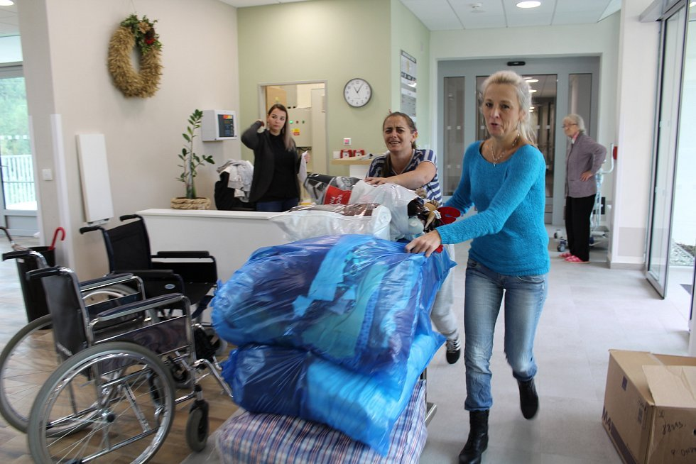 Velké stěhování vypuklo v úterý v Domově pro seniory v Kaplici.