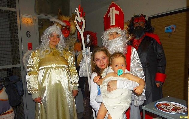Mikulášská návštěva v rodině Hoškovy v Loučovicích.