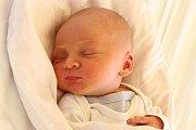 Prvorozený Matyáš Záhorák vykoukl na svět 16. ledna 2016 v5:07, měřil 50 centimetrů a vážil 3095 gramů. U jeho porodu byli novopečení rodiče Petra Dvořáková a Michal Záhorák zČeského Krumlova společně.