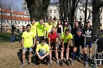 Žákovský i učitelský tým krumlovské zdrávky.