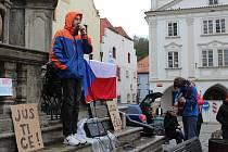 Za nezávislost soudnictví se demonstrovalo i na náměstí Svornosti v Českém Krumlově.