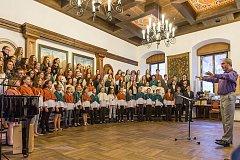 Pěvecký sbor Medvíďata už bude zanedlouho zpívat po boku Spirituál kvintetu.