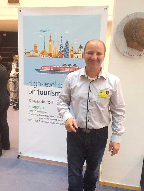Upříležitosti mezinárodního dne turistiky konala vBruselu vEP významná konference oturismu.