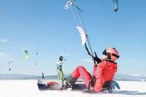 Snowkiting na Lipně.