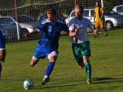 Ondrášovka KP – 1. kolo: SK Jankov (bílé dresy) – FK Slavoj Český Krumlov 1:2 (0:1).