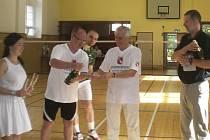 Veletržní pohár v badmintonu.