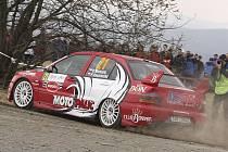 První společný zahraniční start mají před sebou Roman Michalík s Pavlem Kacerovským (na snímku z letošní Valašské rally, kterou ale vinou technické závady nedokončili).