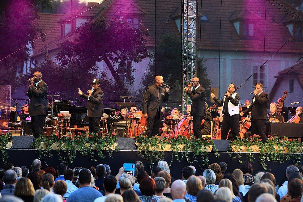 Mezinárodní hudební festival Český Krumlov. Sextet z USA Take 6.