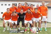 Vítězové 19. ročníku turnaje O pohár starosty městyse v Besednici – Paroh Junior team Kaplice.
