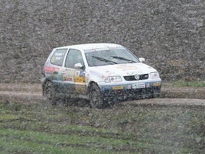 Jiří a Eva Trojanovi z týmu ČK motorsport (na snímku z listopadové zasněžené Rally Waldviertel 2007) podali při loňské Jänner rallye výborný výkon. Obsadili první místo ve třídě N2 a byli i nejrychlejší v divizi vozů skupiny N do 2000 ccm.
