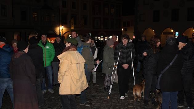 Protestní shromáždění v Českém Krumlově.