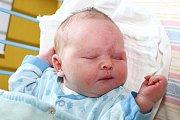Vneděli 10. května 2015 v7:23 přivedli Miroslava Koprdová a Milan Toušek zČeského Krumlova na svět svého prvního společného potomka. Novorozený Milan Toušek měřil 50 cm a vážil 3730 g. Chlapeček má nevlastní čtrnáctiletou sestru Kristýnu.