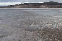 Takto v současnosti vypadá lipenské jezero v Horní Plané.