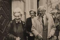 Ruth Hálová s Wintonovými v Českém Krumlově.