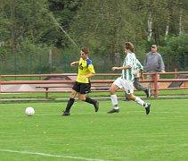 FK Spartak Kaplice / FK Dynamo Vyšší Brod (žluté dresy) - Slavoj Hrdějovice 3:0 (0:0).