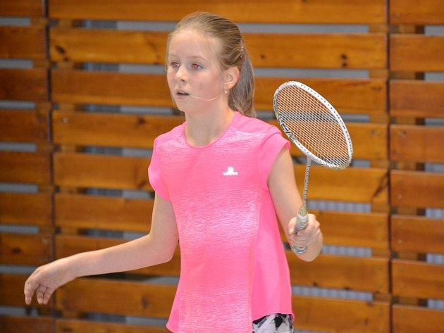 V dívčí dvouhře při krajském turnaji mladšího žactva triumfovala jedenáctiletá křemežská naděje Stela Reitingerová.