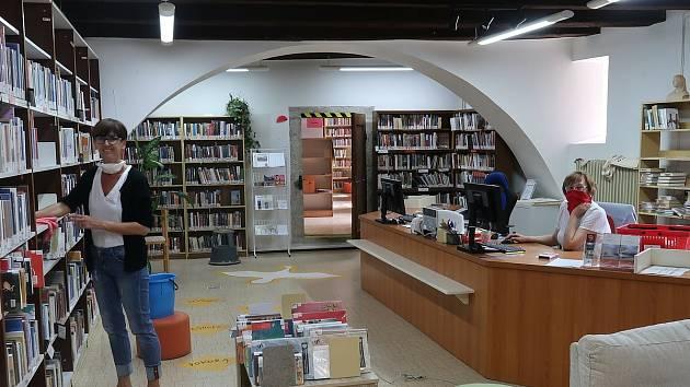 Knihovna zve na výstavu. Ilustrační foto.
