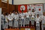 Mikulášský turnaj, poslední z letošní série turnajů Jihočeského svazu japonského karate, pořádal českokrumlovský Shotokan karate klub.