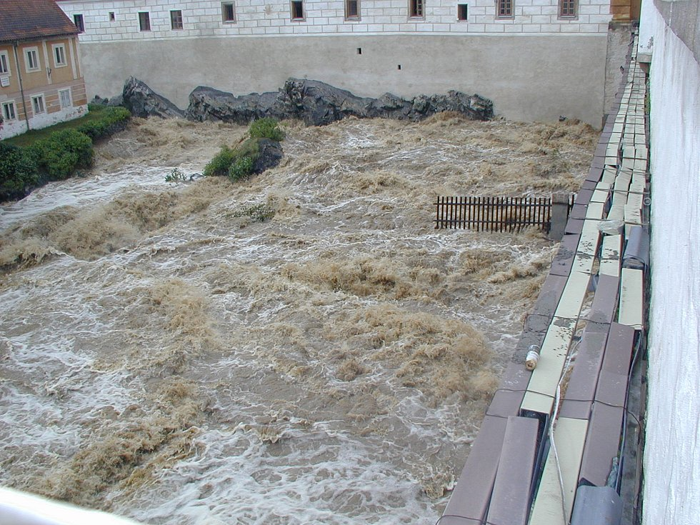 Povodně 2002 na Českokrumlovsku.