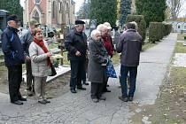Krumlovský hřbitov si obnovu rozhodně zaslouží.