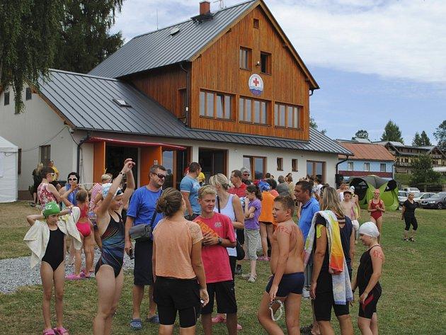 Základna krumlovských vodních záchranářů v Dolní Vltavici.