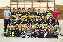 Starší žáci pražských Bohemians v sestavě se sedmičkou posil z Českého Krumlova, kteří úspěšně reprezentovali na mezinárodním turnaji Gothia Cup ve švédském Göteborgu.