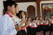 Dětský pěvecký sbor z Hongkongu YIP´s  Children´s Choir music nadchnul na svém pátečním koncertě diváky v Jezuitském sále hotelu Růže.