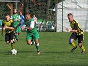 Oblastní I.B třída (skupina A) - 7. kolo (6. hrané): FK Boršov (zelené dresy) - FK Spartak Kaplic