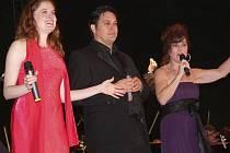 Christiane Noll, Doug LaBrecque a Debbie Gravitte v Českém Krumlově.
