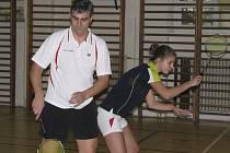 Vítězem šestatřicátého ročníku turnaje smíšených dvojic – Vánočních mixů – se loni stala rodinná dvojice Michala a Michaely Koudelkových (na snímku), která nebude chybět ve startovní listině ani při letošním pokračování.