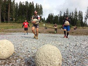 Jeden z nejpopulárnějších závodů překážkového běhání v extrémních podmínkách na světě se o víkendu konal na Lipně.