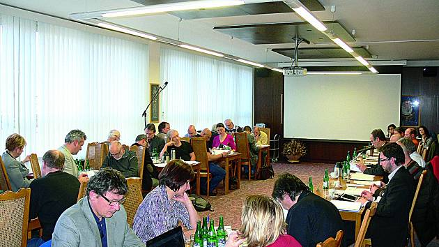 Jednání únorového Zastupitelstva města Český Krumlov.