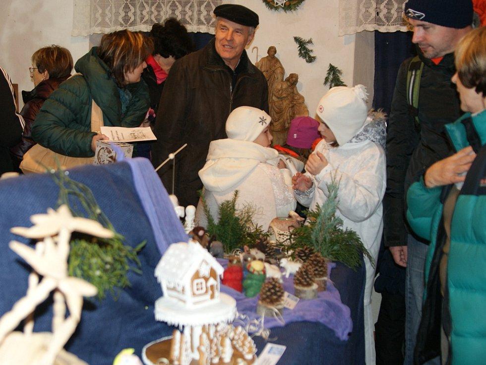 Výstava betlémů v Kantůrkovci ve Velešíně.