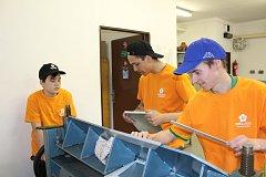 Klempířští učni a osmáci z krumlovské Masaryčky se potkali při soutěži Parťáci, kterou pořádá Středisko praktických vyučování.